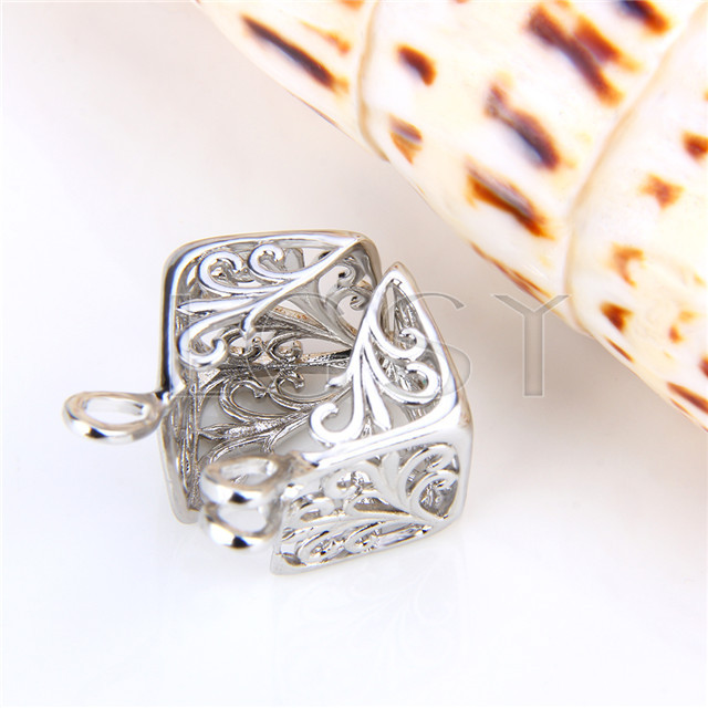 Ten pieces Cube Shape Silver Toned Copper Cage Pendant