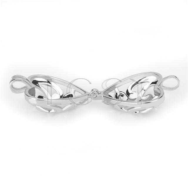 Ten pieces Heart Shape Silver Toned Copper Cage Pendant