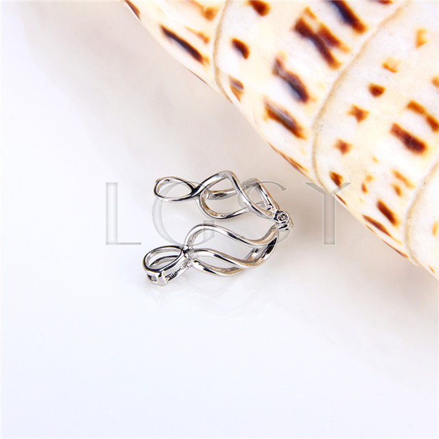 925 Sterling Silver Twisted Shape Cage Pendant