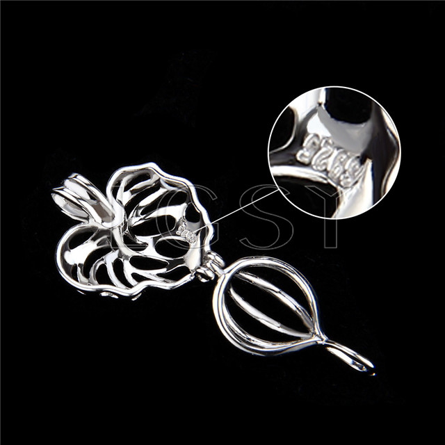 925 Sterling Silver Maple leaf Shape Cage Pendant